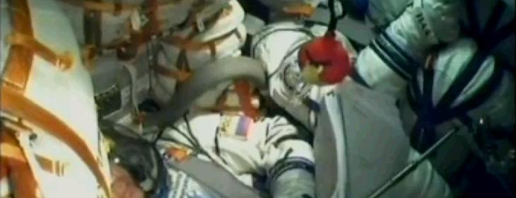 Красная Птица из Angry Birds отправилась в космос с экипажем «Союз ТМА-22»