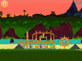 Angry Birds Free: Уровень 10-2